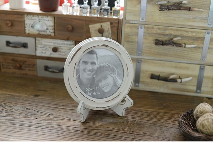 Wood White Round Picture Frame