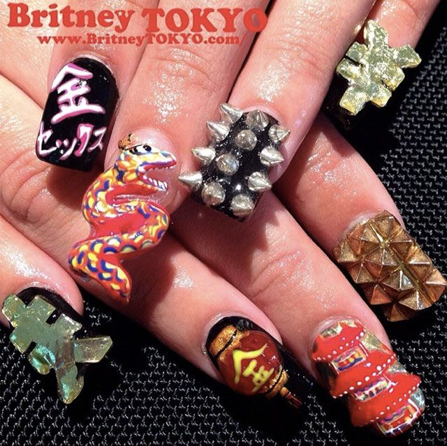 Amazing 3D nails by BritneyTokyoNails