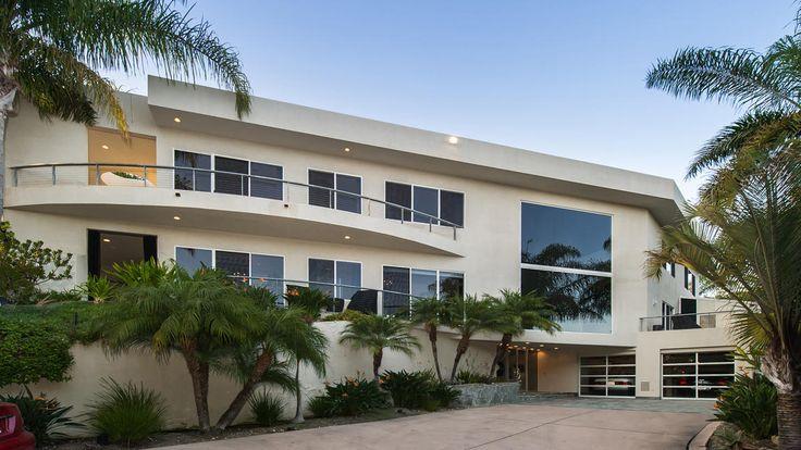 Malibu Mansion for Sale:  Hot Property | Dexter Scott King