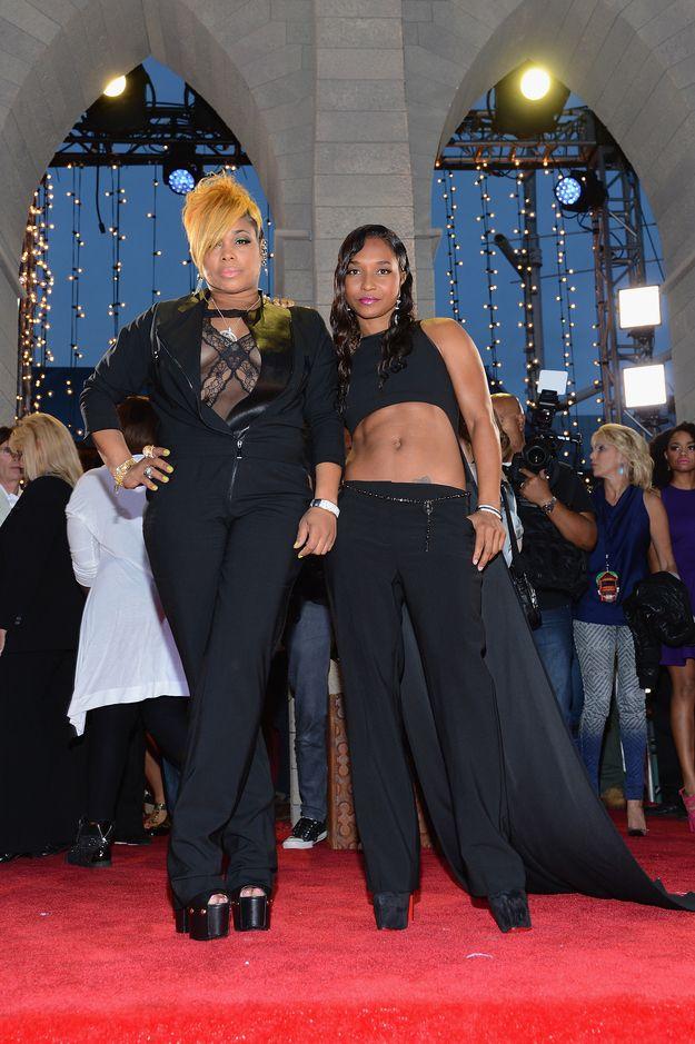 Rozonda Thomas and Tionne Watkins   Fashion At The 2013 MTV Video Music Awards