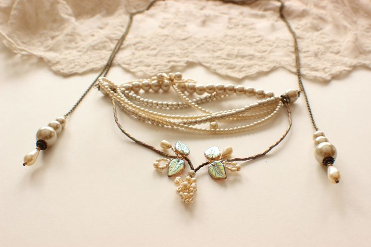 Lariat Venus Necklace - Bridal Jewelry, Wedding Jewelry http://www.robingoodfellowdesigns.com/new-designs-2014/venus-necklace