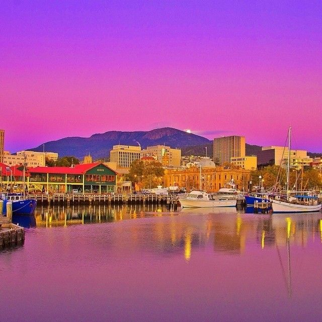 Good morning Hobart  #tasmania Image Credit: Kathryn Leahy