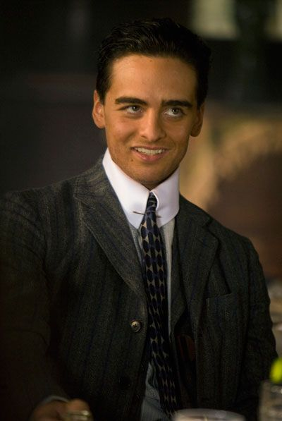 Boardwalk Empire--Impeccable Style. Pin Collars Are Not Easy To Pull Off, But The Cast Does So Effortlessly.