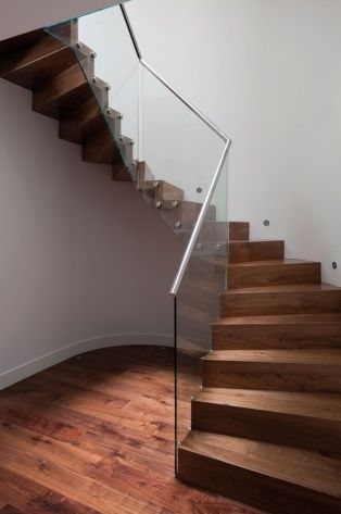 escaliers en verre Eestairs