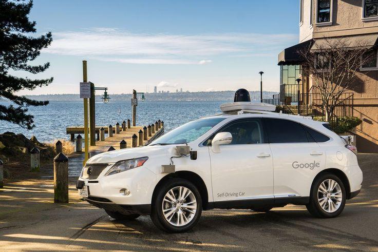 Беспилотные автомобили Google научились сигналить
