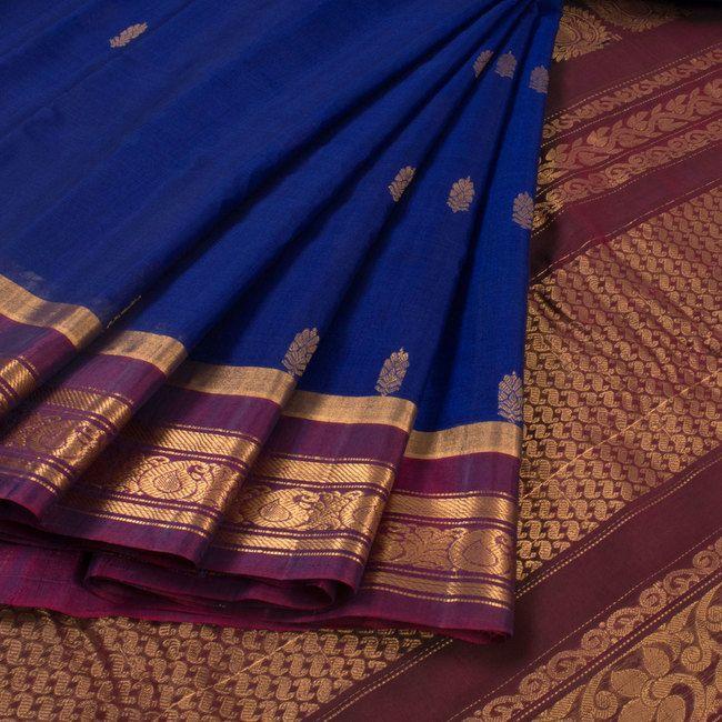 Handwoven Blue Gadwal Silk Cotton Saree With Floral Motifs, Paisley Border & Pallu 10018065 - AVISHYA.COM