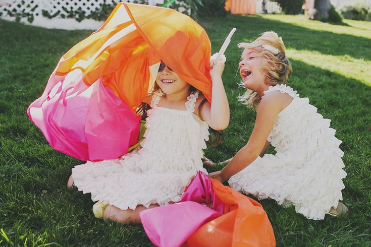 Kid's #parachute !  #wedding #activities  Monarch Cove Inn, Capitola, CA
