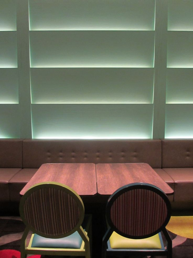 This lighting was used for the booths to create a sense of cosiness and privacy.
