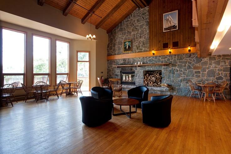 Riverside Lodge Lounge overlooking Liscomb River