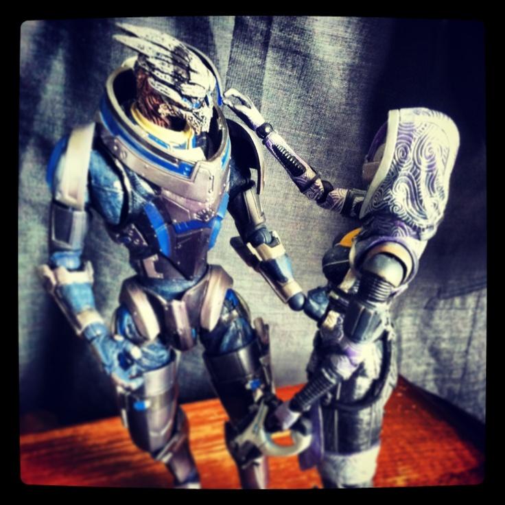 I'm in Mass Effect nerd heaven!