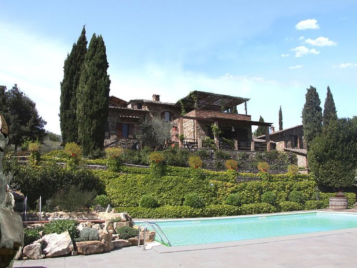 9BR 5BA vacation villa in Castellina in Chianti for rent . For more details and photos visit HomeAway 1140076 ERIN EMAILED
