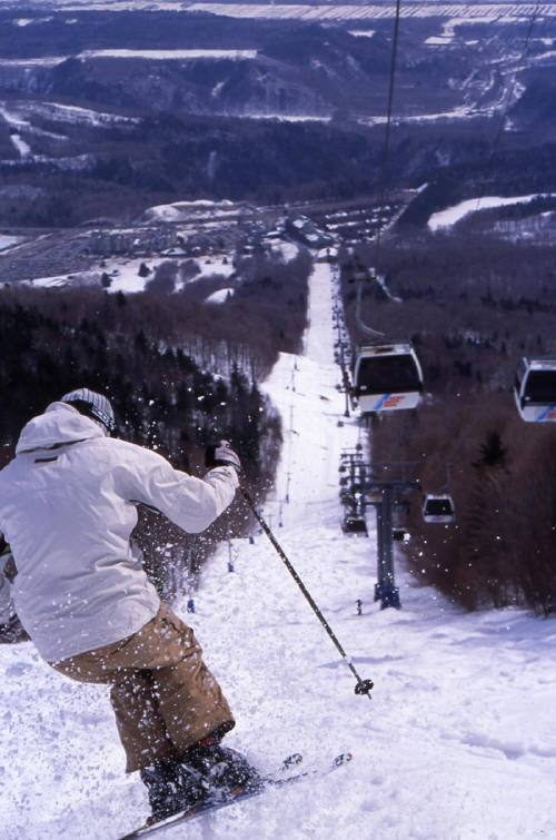 MONT SAINTE ANNE - QUEBEC One of the largest ski areas in Eastern Canada, Mont Sainte Anne has decent on-piste skiing that will keep most people occupied for a few days. Great views over the St Lawrence river and very close to the charming Quebec City making a city break possible too.