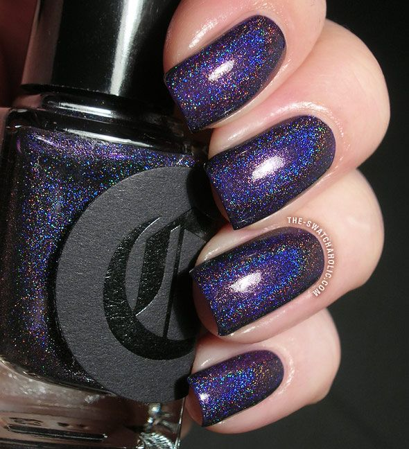 Dark Holographic Nail Polish: Fascination Street From The Dark Horse Collection