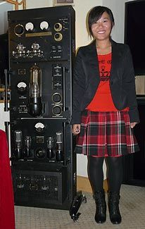 Another photo of the LM-1 212 LIne Magnetic vacuum tube amplifier.
