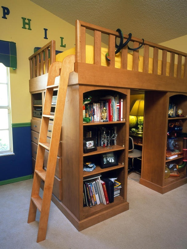 so awsome The idea of elevating a bed to gain storage below is nothing new, but in this bedroom, Patricia Davis Brown managed to incorporate a double dresser, a media center, a shelving system and a study space under one queen-size loft bed.