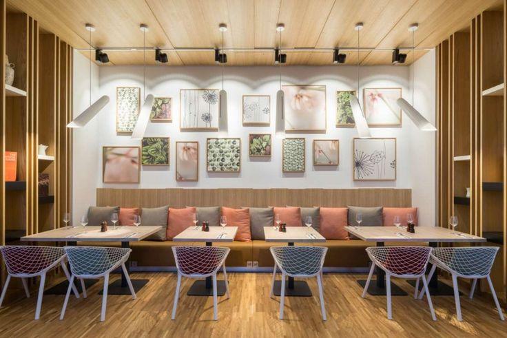Holiday INN Frankfurt #hotel  with #kobi chairs #design #interiordesign #furniture
