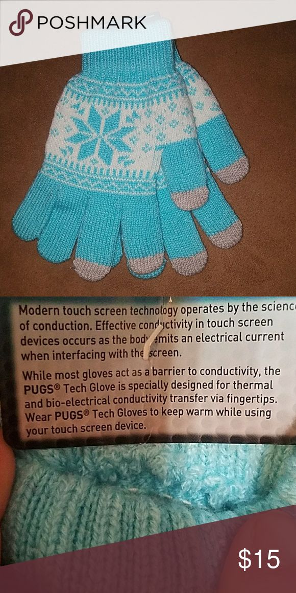Turquoise Gloves Cute knit, blue and white gloves; no need to remove to use touch screens. Technology friendly. Accessories Gloves & Mittens