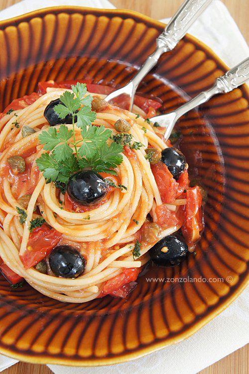 Spaghetti alla puttanesca | Primi | Zonzolando
