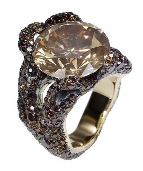 Anillo Fabergé - Joyas - Anillos - Joyas mujer - Anillos para mujer - Brillante Anillo Tree Root en plata y oro amarillo de 18 quilates con 660 diamantes amarillos, naranjas y marrones no tratados, que hacen un total de 6,54 quilates. El diamante central tiene 13...
