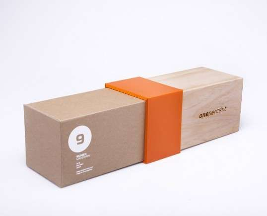 One Percent Shoe Packaging is going for the smooth, sleek, classy minimalist look for its higher end shoes. Who could blame them when most of us gets attracted to beautiful things