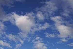 Public cloud, come ci siamo arrivati e a cosa serve Il cloud pubblico sta diventando una realtà consolidata per moltissime aziende: ormai tutti sfruttano internet per i propri servizi, ed un cloud esposto in rete permette di accedere a numerose opport #servizicloud