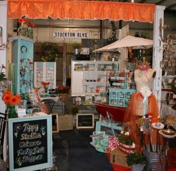 Creative Antique Booths | Debi Ward Kennedy . writer & designer: Deb's Design & Display Stars ...