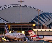 Un consortium mené par Vinci finalise l'acquisition de 60% d'Aéroports de Lyon