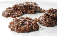 No-Bake Chocolate, Peanut Butter & Oatmeal Cookies (Cow Patties) by Delishhh, via Flickr