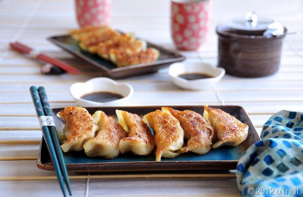 What's for dinner? I'm making these Chicken Pot Stickers--雞肉鍋貼 ...