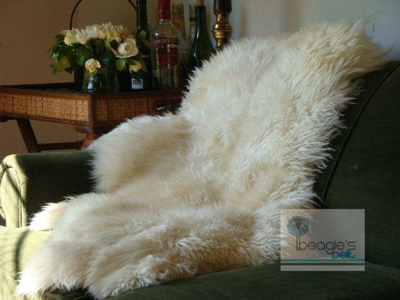 1000 Ideas About Sheepskin Rug On Pinterest Rugs