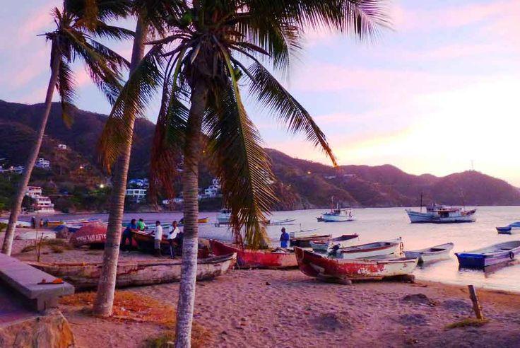Confundido acerca de sus vacaciones? Planifique su viaje a la hermosa aldea en #Colombia llamado #Taganga. Definitivamente va a encantar. http://www.divanga.com