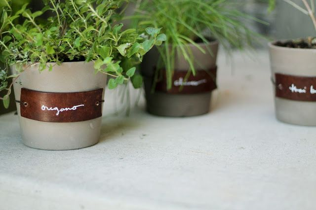 DIY Leather Herb Labels   Chris Loves Julia -- leather belt 'scraps' and leather twine.  Easy peasy! *alw*