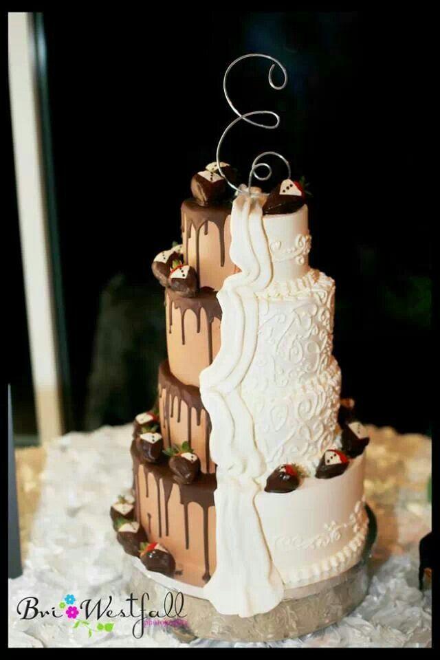 Half Chocolate Half Vanilla Wedding Cake Wedding Cake Wedding