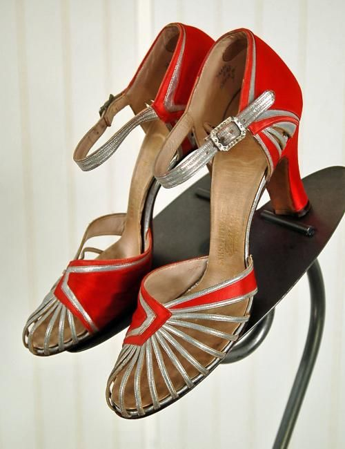 1920s, Saks Fifth Ave Satin Pumps