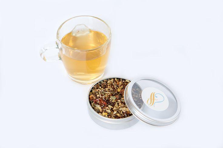 HET PROEFHUIS: A CUP OF DETOX TEA  Detox Tea is een mooie groene thee met frisheid en een zoetje. Deze thee verminderd de zin in zoetigheid en reinigt het lichaam. Heerlijk en met gezonde ingrediënten zoals brandnetel, lemongras, rozenbottel, gember, zoethout, kaneel, salie, kardemom, jeneverbes en pepermunt. SHOP NU! www.hetproefhuis.nl/apps/webstore/ #detox #tea #hetproefhuis #healthy #lifestyle