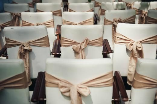 Ontwerp je eigen trouwceremonie {persoonlijke bruiloft} - Pinterested @ http://wedspiration.com.