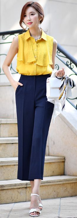 StyleOnme_Ankle Length Wide Leg Slacks #navy #summer #slacks #officelook #koreanfashion #kstyle #kfashion #seoul #pants