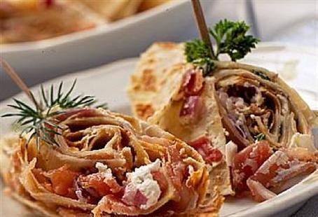 Spekeskinke i lefse (Serrano or Parma in... tortillas :) )
