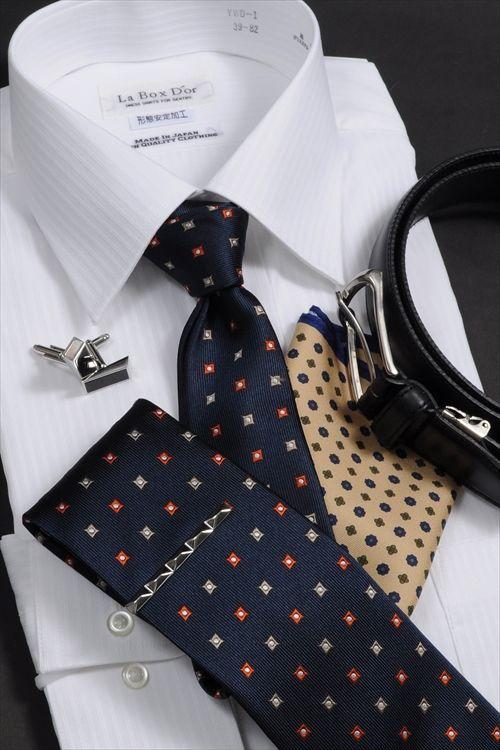 オススメ白シャツコーディ・基本に返る #shirtstyle #shirts #shirtshop #fashionblogger #Menswear #Gentleman  #mensfashion #menstyle  #menswear #whiteshirts #Tie #necktie #tiepin #tiebar #PocketSquare #cufflinks #メンズファッション #ワイシャツ #白シャツ #コーディネート #ネクタイ #ポケットチーフ #タイバー