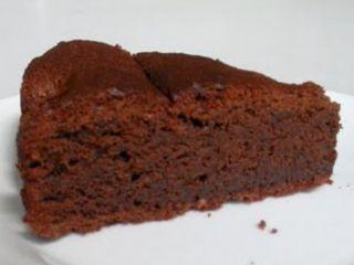 Gateau moelleux au cacao en poudre