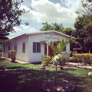Kingdom Hall in Las Salinas, Nicaragua. Photo shared by @cupcakehiheye Submit your photos etc…