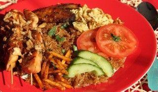 Surinaamse nasi recept - Rijst - Eten Gerechten - Recepten Vandaag