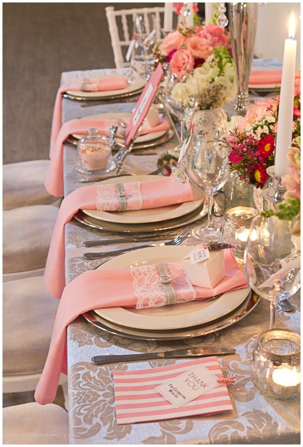 Jackie Kennedy inspired styled shoot: #JackieKennedy #wedding #classic #clean #blushwedding #candybag #favour #stationary #gift @josievanzyl