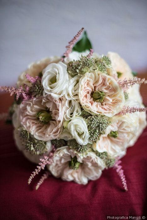 Bouquet da sposa rustico dai colori pastello