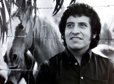 El País   La muerte lenta de Víctor Jara   El cantante chileno Víctor Jara, asesinado durante los primeros días de la dictadura de Augusto Pinochet.