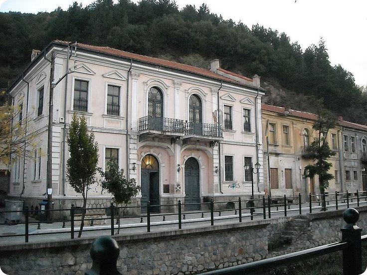 TRAVEL'IN GREECE | Neoclassical houses, Florina, Greece, #travelingreece