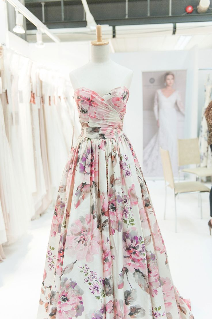 The epitome of style & grace, a Floral #wedding dress by Wendy Makin' - simply stunning x