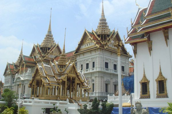 Enjoy an Exotic Yet Budget-friendly Honeymoon in Thailand