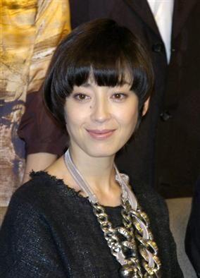 女優、モデル、歌手と様々に活躍する宮沢りえ。彼女の大人っぽくて色っぽい髪型・ヘアスタイルをまとめました。