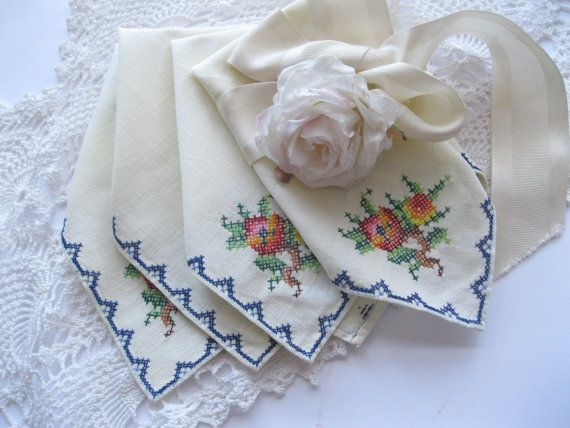 Napkins Set of Four Tea Napkins Roses Cross by mailordervintage